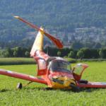 [:de]Notlandung ausserhalb des Flughafengeländes[:fr]Atterrissage forcé à proximité de l'aérodrome de Grenchen[:]